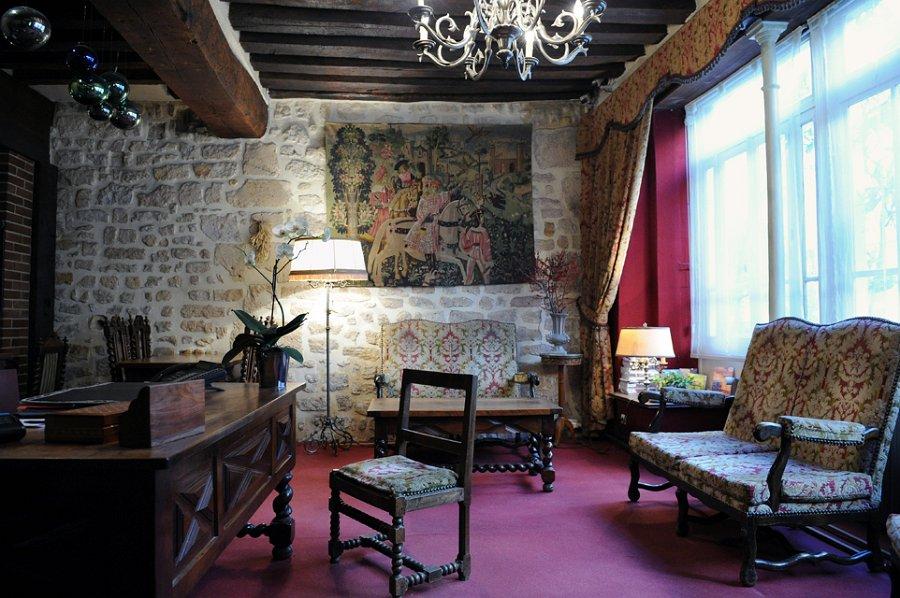 Hotel place des vosges for Hotel design paris 11